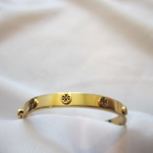 Tory Burch Raised Metal Logo Hinged Bracelet Gold